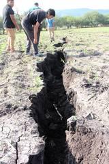 Se abre la Tierra en México (Foto: elsoldeirapuato.com.mx)