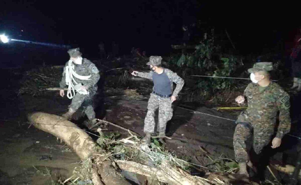 Deslizamiento de Tierra en El Salvador