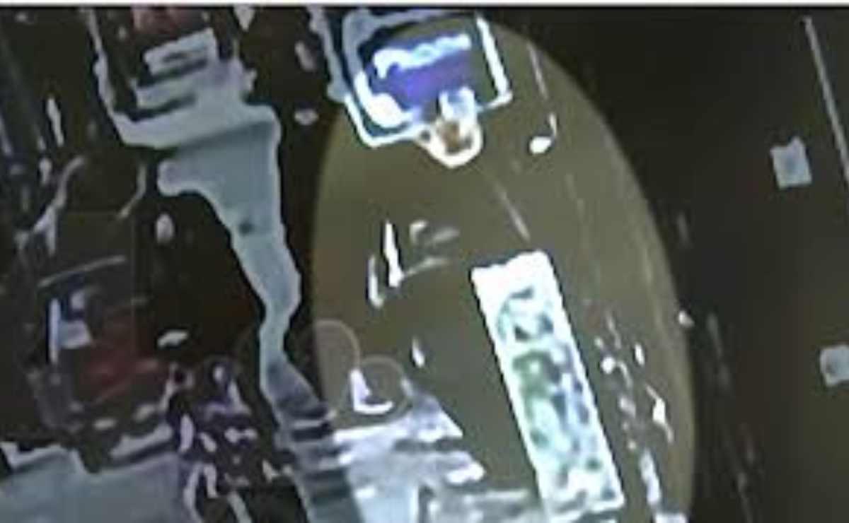 Hombre cae en un sumidero en Bronx