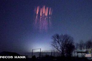 Una medusa fantasmal vista en el cielo sobre los Estados Unidos
