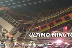 Un puente se desploma con todo y tren en México (videos e imágenes)