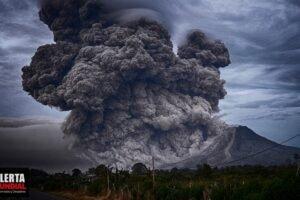 USGS genera advertencia debido a posibles erupciones de volcanes activos en los EE.UU.